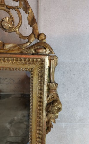 Louis XVI - Neoclassical mirror Louis XVI  late time of 18th century circa 1781.