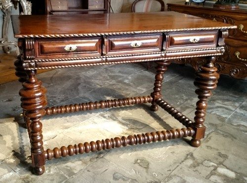 A Solid Rosewood Louis XIV Table Circa 1680  - Furniture Style Louis XIV