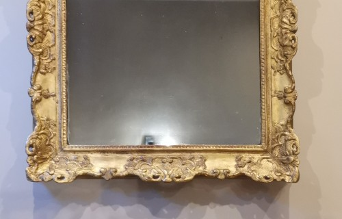 A Late Régence Period Giltwood Mirror, early 18th century -