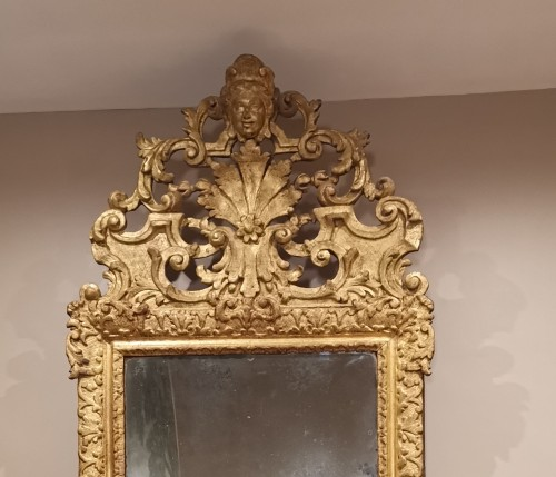 A giltwood Louis XIV period mirror 17th century circa 1680. - Mirrors, Trumeau Style Louis XIV