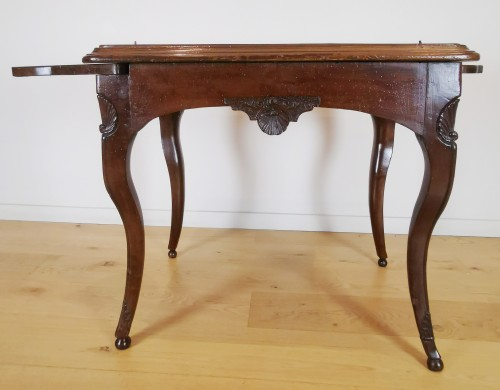 Antiquités - A Regence game table early 18th Century
