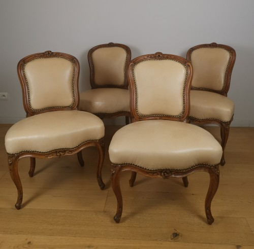 A Louis XV set of four chairs, mid 18th century, circa 1750 - Seating Style Louis XV