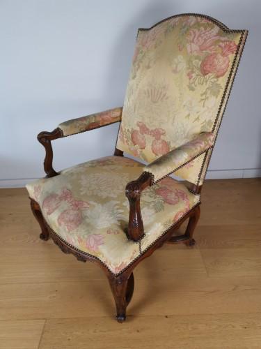 A Régence walnut armchair, early 18th century, circa 1715 -