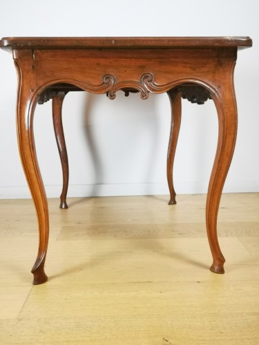 18th century - Provençal Writing table or small desk, mid 18th century