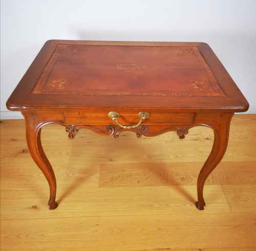 Provençal Writing table or small desk, mid 18th century - Louis XV