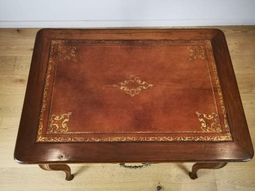 Louis XV - Provençal Writing table or small desk, mid 18th century