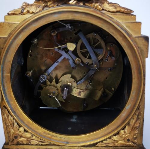 Louis XVI - A Louis XVI ormoulu officer's clocks lat-18th circa 1780.