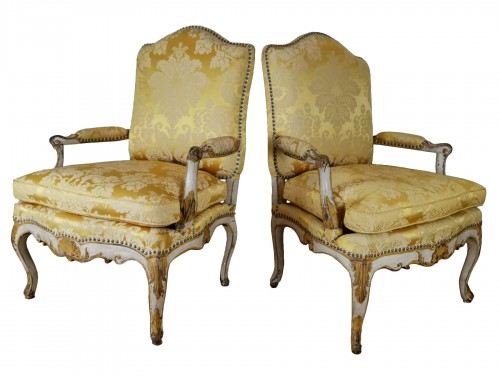 A Regence armchairs from the armchairs from the Comtat Venaissin