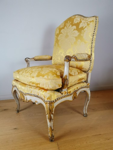 French Regence - A Regence armchairs from the armchairs from the Comtat Venaissin