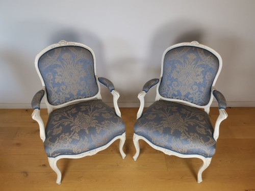 18th century - A set of four Louis XV painted armchairs by Louis-Michel Lefèvre 18th cent.