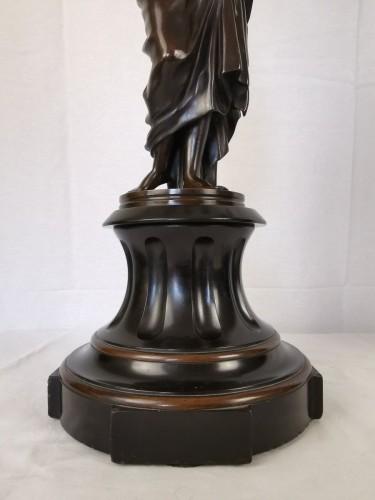 Antiquités - A pair of Vestal candelabra, Napoleon III  - Mid 19th Century