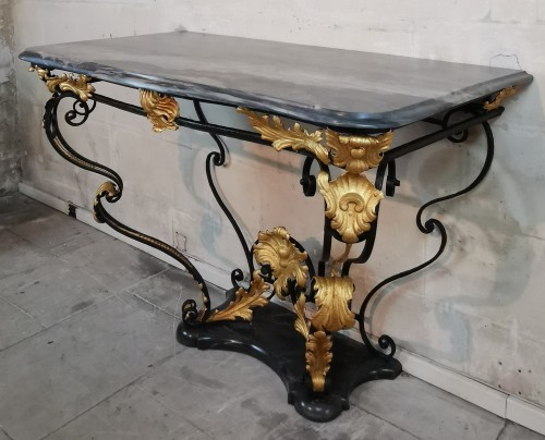 A Comtat Venaissin ironwork console, early 18th century. -