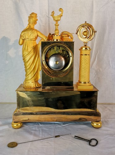 Horology  - A Empire ormolu Clock - Scientific Objects. Early 19th Circa 1805