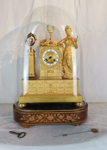 19th century - A Empire ormolu Clock - Scientific Objects. Early 19th Circa 1805