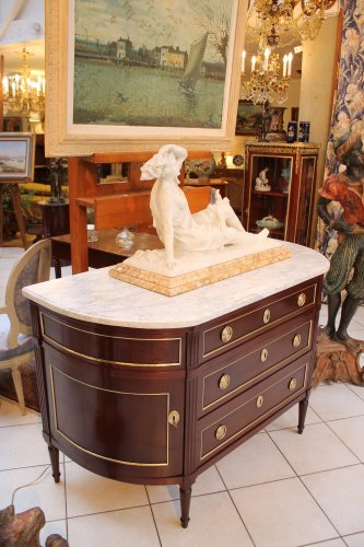 Furniture  - A French Louis XVI commode in mahogany