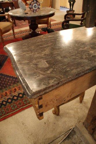 Antiquités - A Louis XV giltwood console