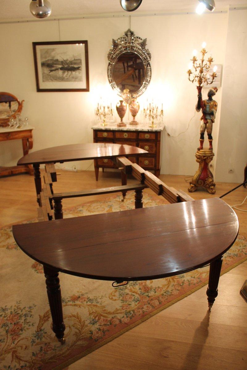 Table six pieds louis philippe en acajou xixe si cle for Table 6 pieds louis philippe