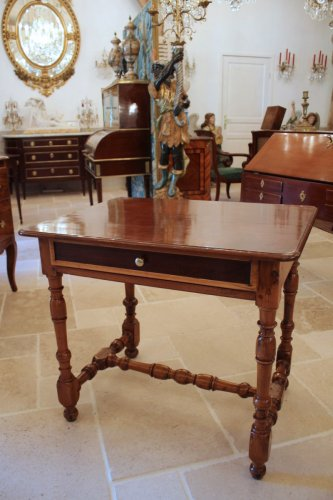 Table Louis XIV en acajou, if et bois citron - Louis XIV