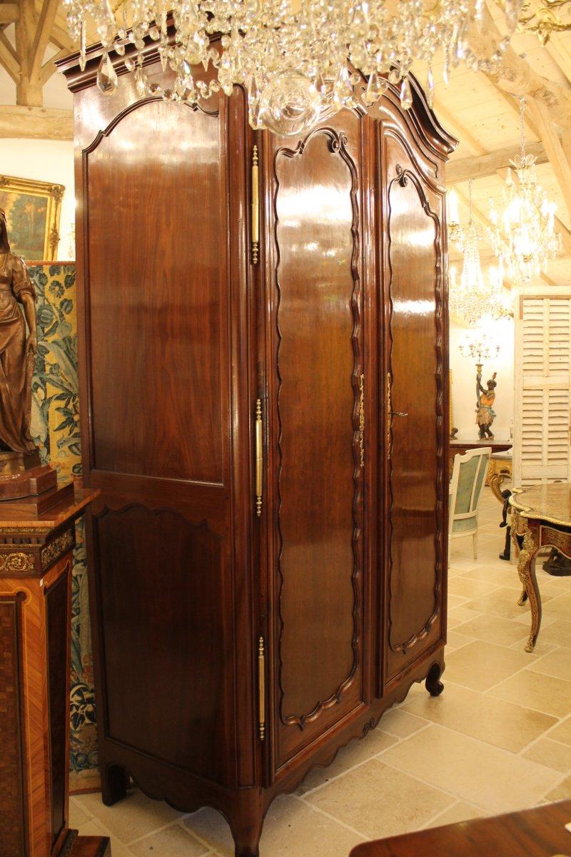 armoire nantaise en acajou de cuba massif xviiie si cle. Black Bedroom Furniture Sets. Home Design Ideas