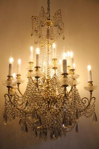 Lustre en bronze et cristal de baccarat à 18 lumières fin xixe siècle