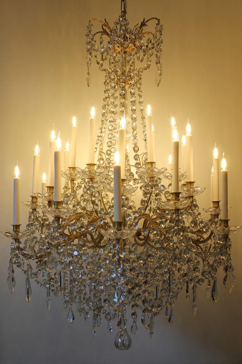 Lustre Corbeille En Bronze Et Cristal De Baccarat à 24 Feux époque