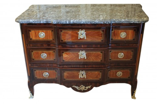 Commode marquetée d'époque Transition estampillée SCHLICHTIG