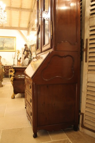 18th century - Chest of drawers and bookcase in solid mahogany, made in Nantes in the 18th century.