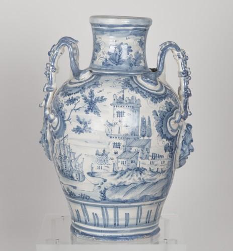 Series of three earthenware vases - Savona circa 1700 -
