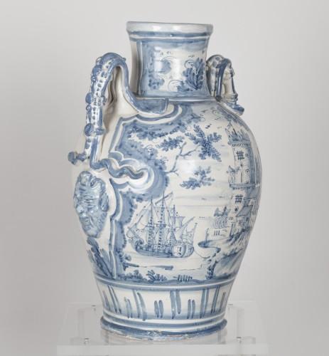 17th century - Series of three earthenware vases - Savona circa 1700
