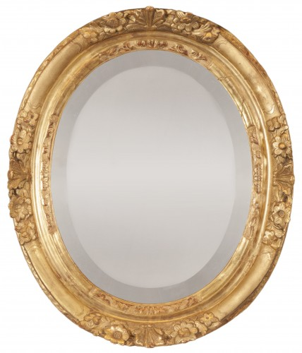 French Louis XIV carved gilt oak oval mirror
