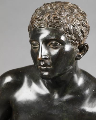 - Hermès seated after Antiquity - bronze circa 1890