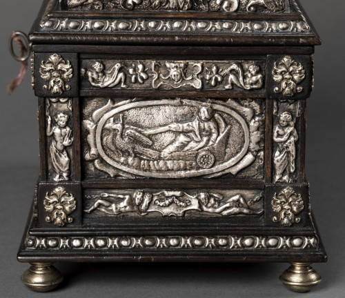 Box in blackened wood and silver metal with Renaissance decor -