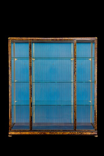 Furniture  - Pair of Art Deco tortoiseshell showcases from Maison Franck
