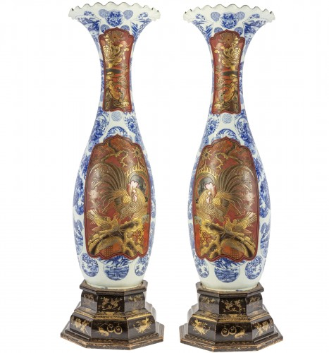 Pair of Japanese vases in Imari Arita porcelain