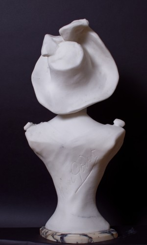 Sculpture  - Young woman with a hat  - Henri Godet (1863 - 1937)