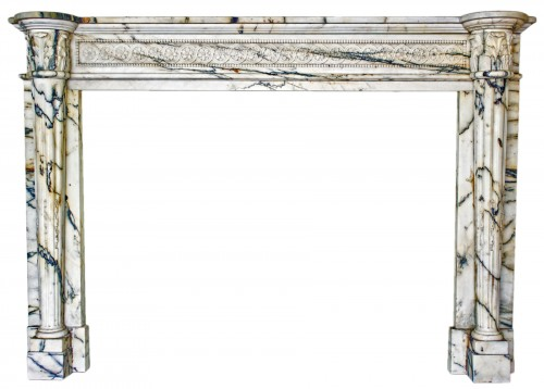 Louis XVI style fireplace in Arabescato marble from the late 19th century