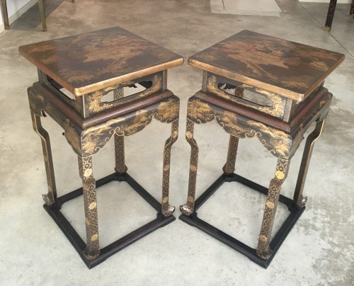 Pair of Japanese lacquered stands, 19th century - Asian Art & Antiques Style