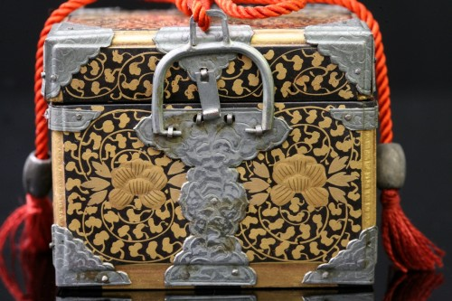 Miniature chest intended for the dolls party - Asian Works of Art Style