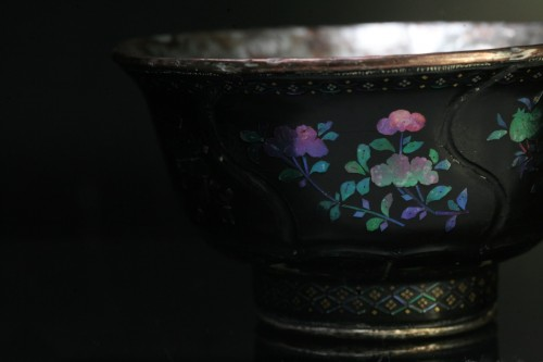 Asian Works of Art  - Lacquer Cup inlaid with mother-of-pearl