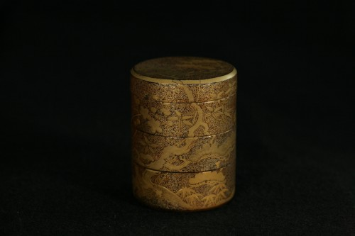Three case  kogo with decoration of pines and cherry tree - Asian Works of Art Style