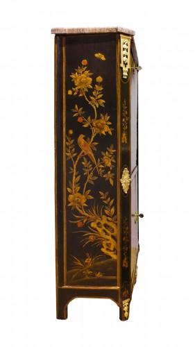 18th century - A Louis XVI 18th c. Chinese lacquer secretaire by L. Foureau