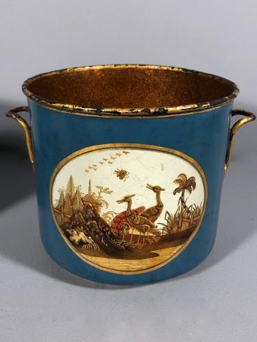 Decorative Objects  - Rare pair of bucket bottles in blue Martin varnish, Paris circa 1770