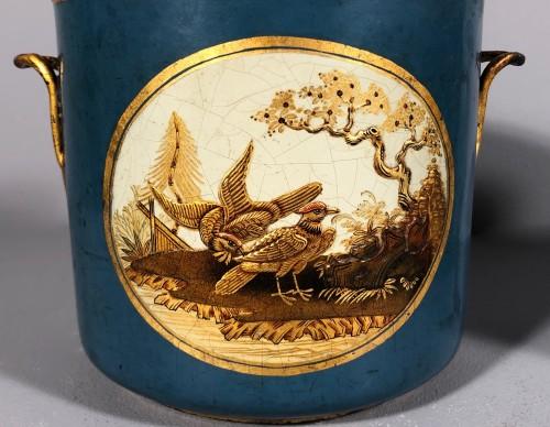 Rare pair of bucket bottles in blue Martin varnish, Paris circa 1770 -