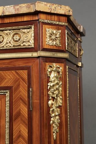 Furniture  - Sideboard stamped Boischod, Paris around 1780