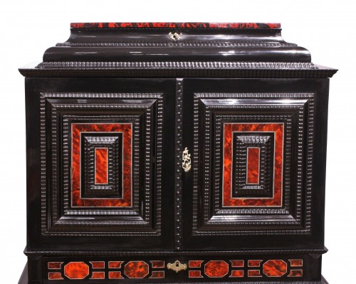 An Antwerp 17th c. tortoiseshell and silver mounted cabinet - Louis XIV