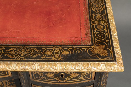 Furniture  - 18th Mazarin lacquered desk in imitation of Boulle marquetry