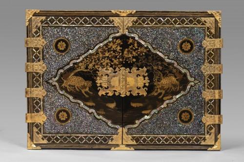 Renaissance - Namban Lacquer and mother-of-pearl cabinet, Japan circa 1600