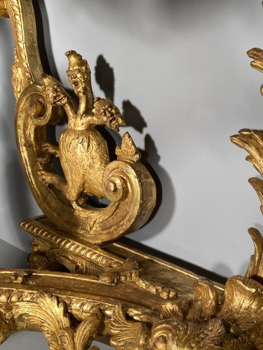 Antiquités - Console in gilded wood with hydra, Paris Louis XIV period