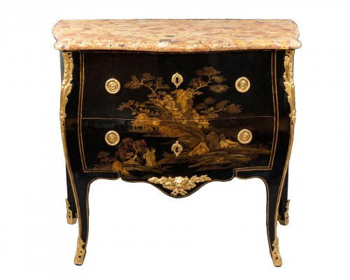 18th European lacquer commode, P. Roussel,Paris circa 1765