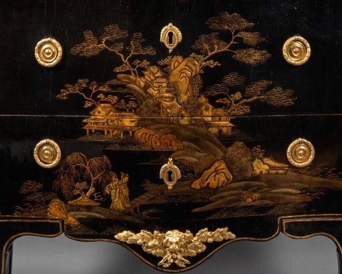 18th European lacquer commode, P. Roussel,Paris circa 1765 - Furniture Style Louis XV